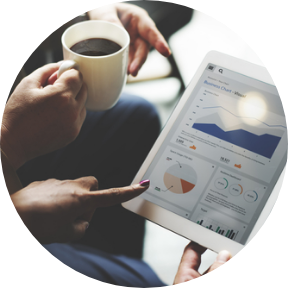 Hands of two people talking, one carrying coffee and the other pointing to a tablet with SMSF analytics